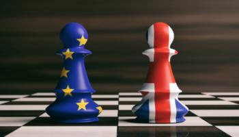 Bolsas da Europa terminam a semana em queda alarmadas por sinais de crise econômica