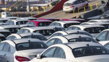 Brasil e Argentina assinam acordo para livre comércio de veículos em 2029