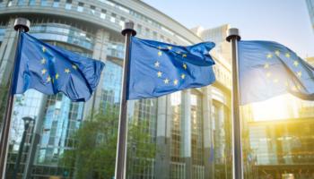 Bolsas da Europa fecham em alta com indicadores otimistas da China e da zona do euro