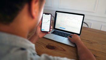 Uma das principais dúvidas de quem pesquisar sobre finanças é como começar a investir no mercado financeiro.